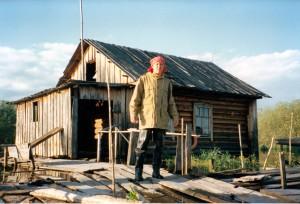 На р. Конда с Любой Сладковой ...когда я начинал тренинги в Тобольске в 1996, я в тоже примерно время активно занимался культурной антропологией и феноменом ШАМАНИЗМА...